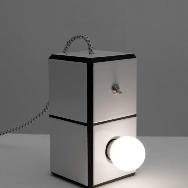 marionmailaenderendlesssummerlampe1b